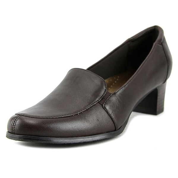 Trotters Gloria Women Round Toe Leather Brown Heels