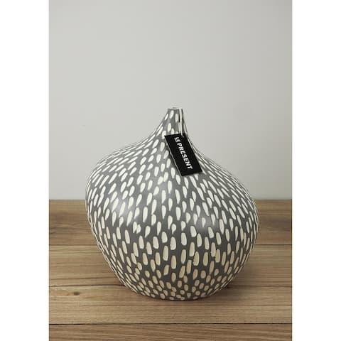 Dame 8.6 Inch Ceramic Vase