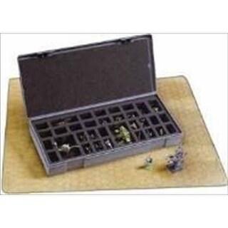 Chessex Manufacturing 2852 Figurestorage Box, Large 40 Count
