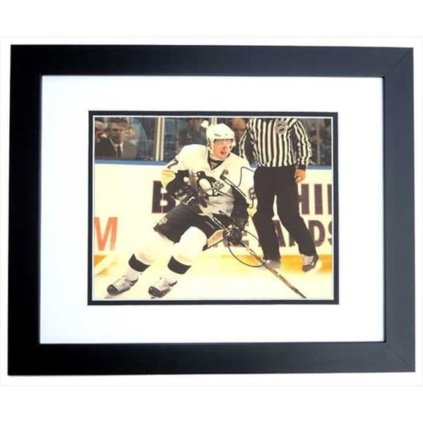 ba2f322ee6f Shop Sidney Crosby Autographed Pittsburgh Penguins 11X14 Photo Black - Free  Shipping Today - Overstock.com - 23848193