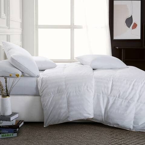 Lightweight White Goose Down Duvet Comforter with Luxury 500 TC Cotton Cover and Silver Stain Piping