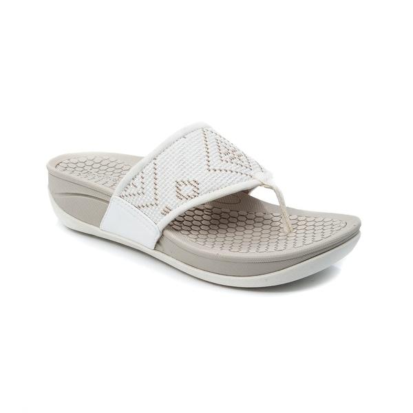 Baretraps Dasie Women's Sandals & Flip Flops White - 11