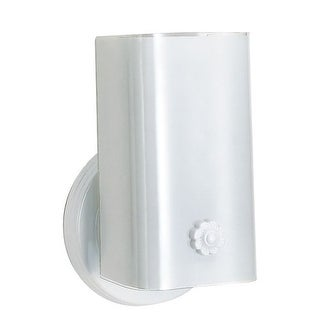 "Nuvo Lighting 77/989 Single Light 7"" Bathroom Fixture with White ""U"" Channel Glass"