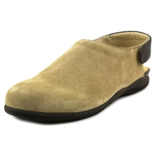 Softwalk Holland Round Toe Leather Clogs