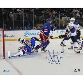 Henrik Lundqvist Signed New York Rangers Diving Stick Save 16x20 Photo