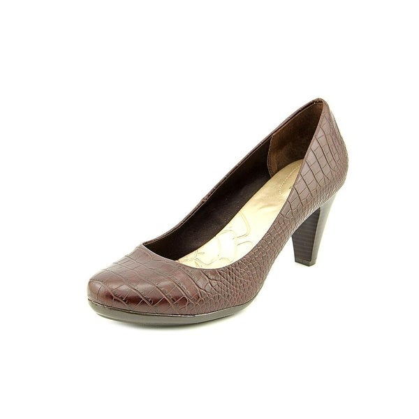 Giani Bernini Womens Sweets Closed Toe Classic Pumps