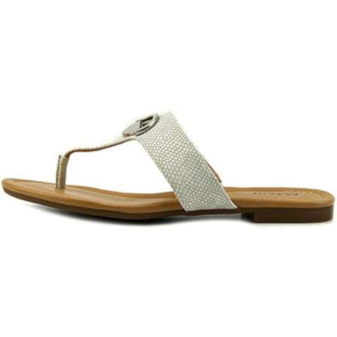 b812121ddffe Alfani Womens holliss Split Toe Casual Slide Sandals