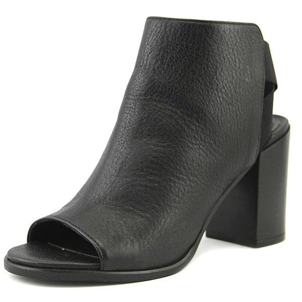 Steve Madden Mindy Women Black Sandals