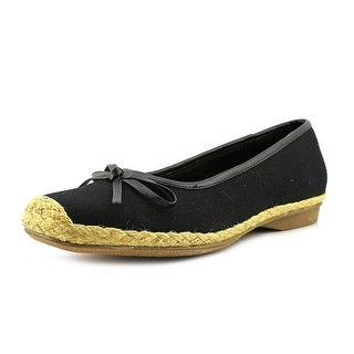 Beacon Parade Women N/S Round Toe Canvas Flats