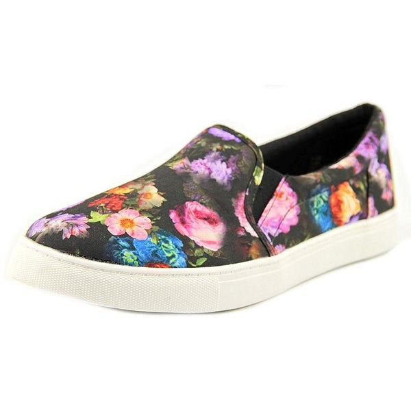 1.4.3. Girl Womens Olla Low Top Pull On Fashion Sneakers