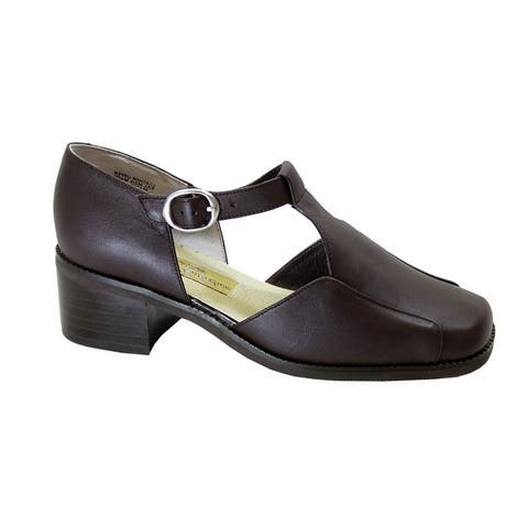 PEERAGE Sheba Womens Extra Wide Width T-Strap Leather Shoes