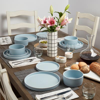 Tabletops Gallery York 12PC Dinnerware Set - Sky Blue