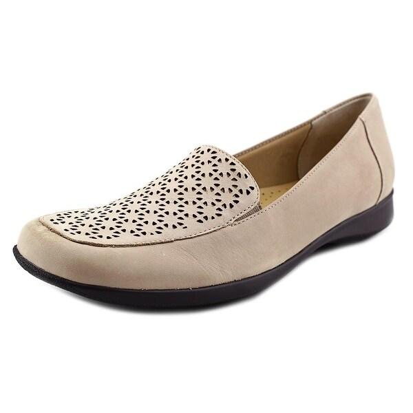 Trotters Jenn Laser Women N/S Square Toe Leather Ivory Loafer