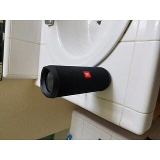 JBL Flip 3 Splashproof portable Bluetooth speaker - Black