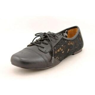 Kensie Darryl Women  Cap Toe Leather  Oxford