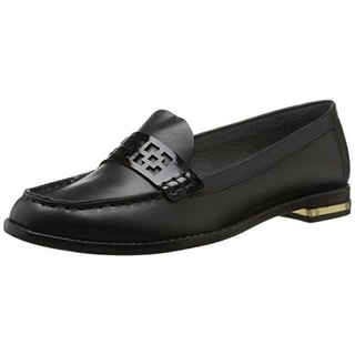 Trina Turk Womens Reserve 2 Patent Leather Laser Cut Loafers