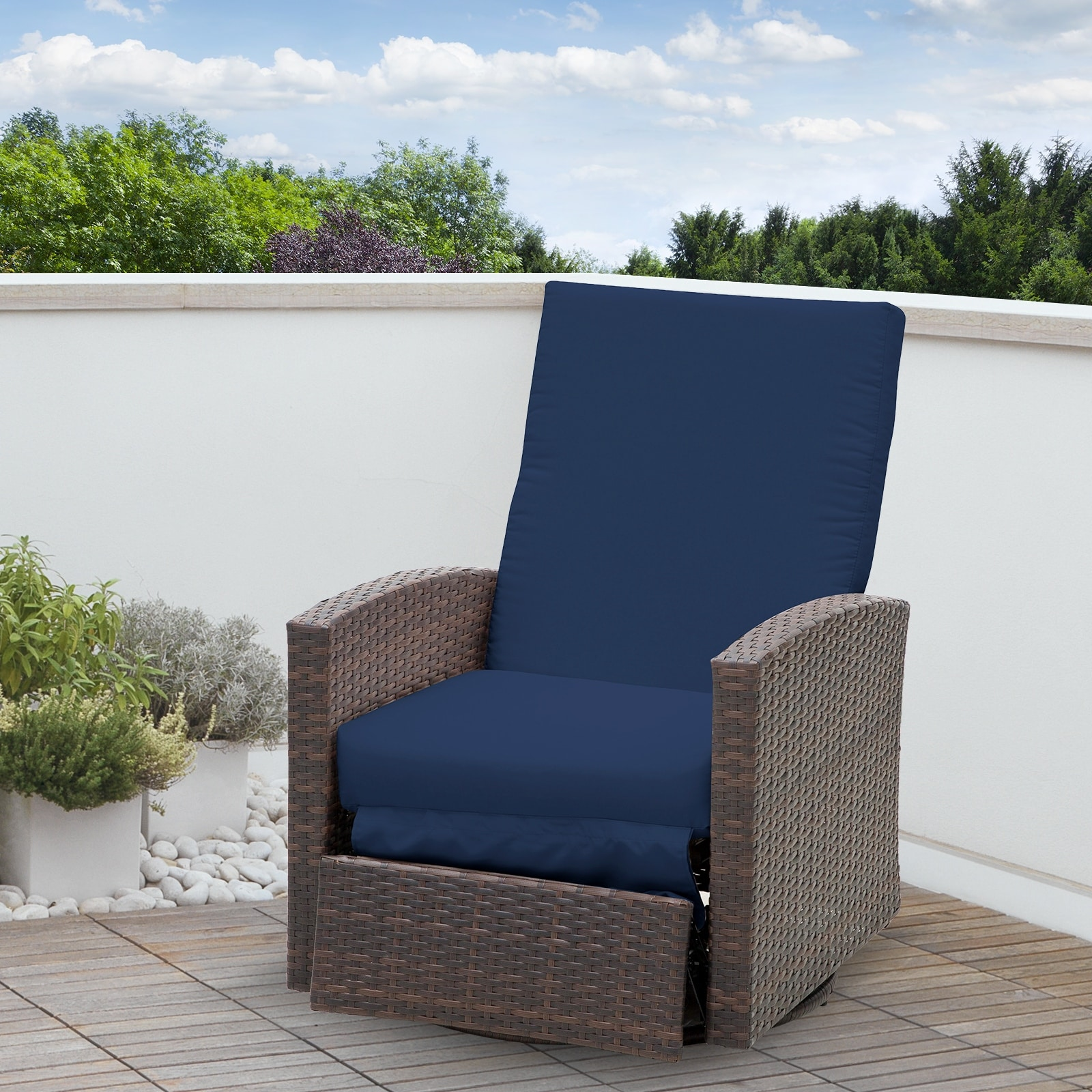 Outsunny Outdoor Rattan Wicker Swivel Recliner Lounge Chair with WaterUV Fighting Material and Comfort Blue