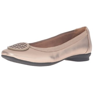 CLARKS Womens Candra Blush Leather Closed Toe Slide Flats