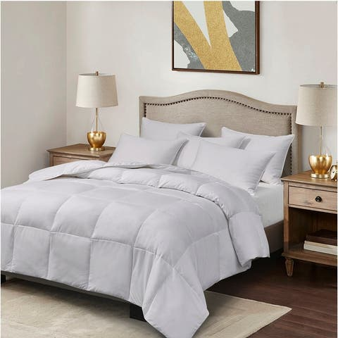 Elle Light Warmth White Goose Feather and Down Fiber Comforter