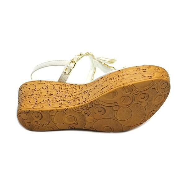 Callisto Womens Tella Split Toe Formal T-Strap Sandals, White, Size 9.0