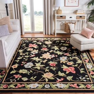Link to Safavieh Hand-hooked Chelsea Rubi Country Oriental Wool Rug Similar Items in Shabby Chic Rugs