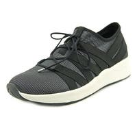 Easy Spirit Illuma   Round Toe Canvas  Sneakers