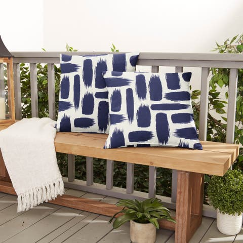 Blue Graphic Indoor/ Outdoor Pillows (Set of 2)