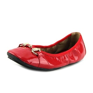 Me Too Legend Women Round Toe Leather Red Flats