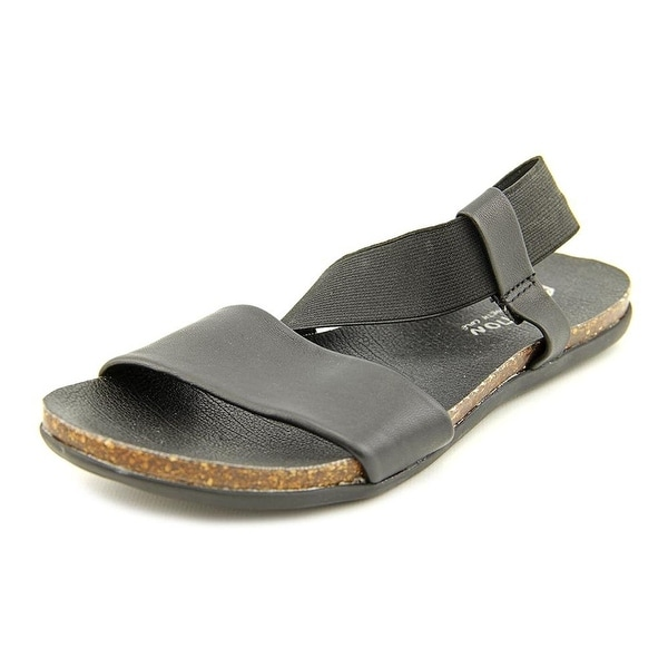Kenneth Cole Reaction Slim Shake Flat Leather Sandals