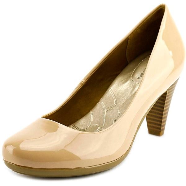 Giani Bernini Sweets Women Round Toe Patent Leather Nude Heels