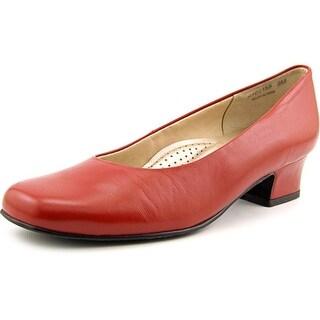 Mark Lemp By Walking Cradles Callie W Square Toe Leather Heels