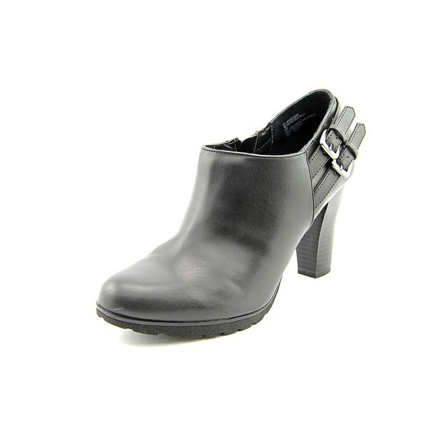 White Mountain Seatbelt Women Black Boots