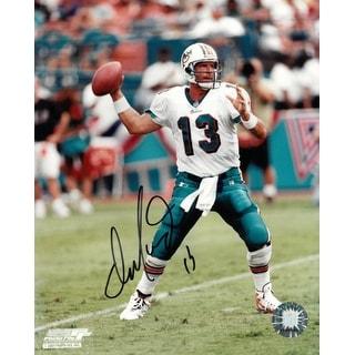 Dan Marino signed Miami Dolphins 8x10 Photo (white jersey passing)