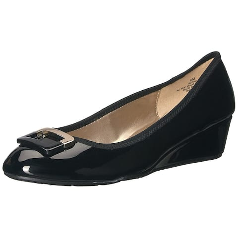Bandolino Womens Tad Closed Toe Wedge Pumps