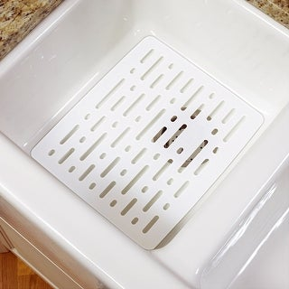 "Rubbermaid 1G1706WHT White Small Sink Mat, 12.7"" x 10.7"" x .4"""