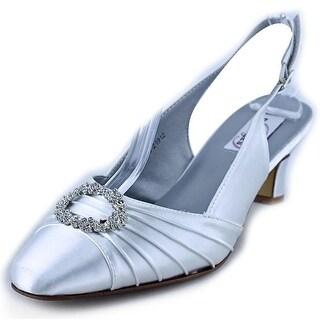 Dyeables Ann Women 2E Round Toe Canvas White Slingback Heel