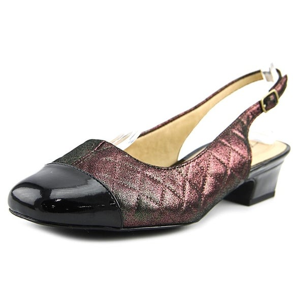 Trotters Dea Women Multi Pumps