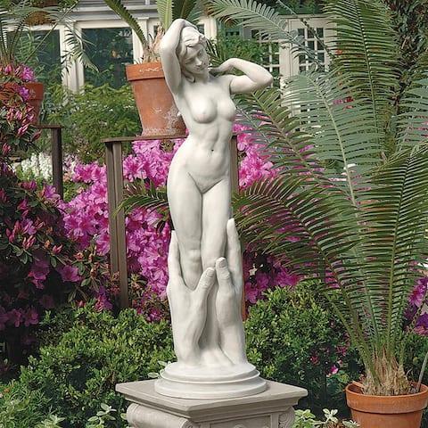 Contemporary Venus Statue Nr
