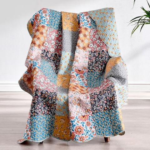Barefoot Bungalow Carlie Calico Quilted Cotton Throw