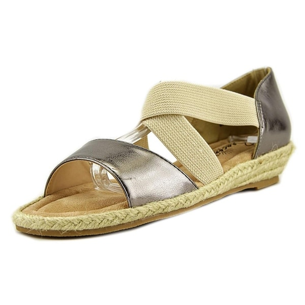 Beacon Lydia Women Pewter Sandals