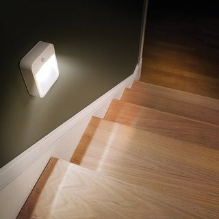 Mr Beams MB720 Stick Anywhere Wireless B/O Motion-Sensor LED Nightlight, White