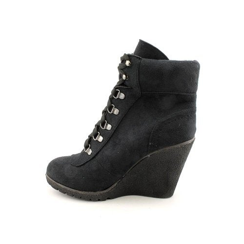 XOXO Womens Gwen Suede Closed Toe Ankle Fashion Boots