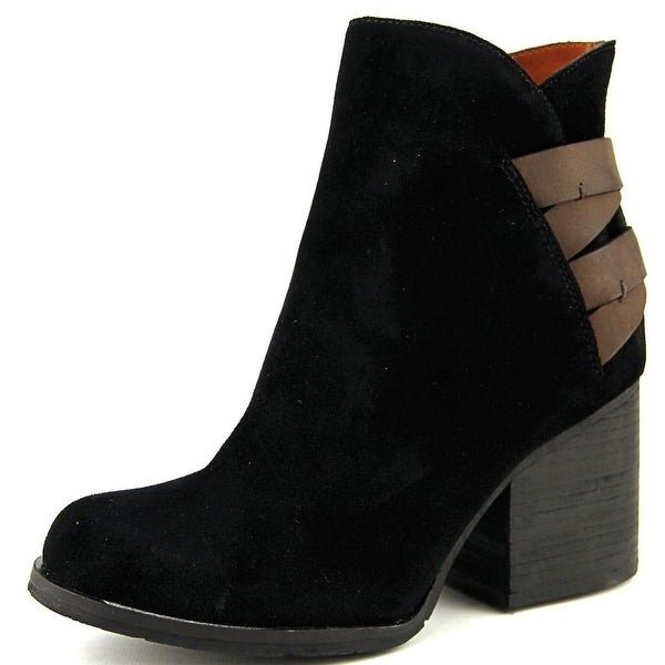 Mia Heritage Genessa Women Black Boots