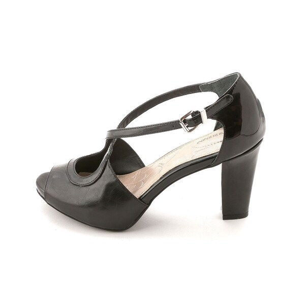 Giani Bernini Womens BRINNLEY Leather Peep Toe Ankle Strap D-orsay Pumps