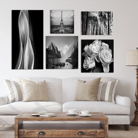 Designart - Black and White Collection - Traditional Wall Art set of 5 pieces