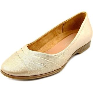 ebf1e954650 Gold Naturalizer Women s Shoes