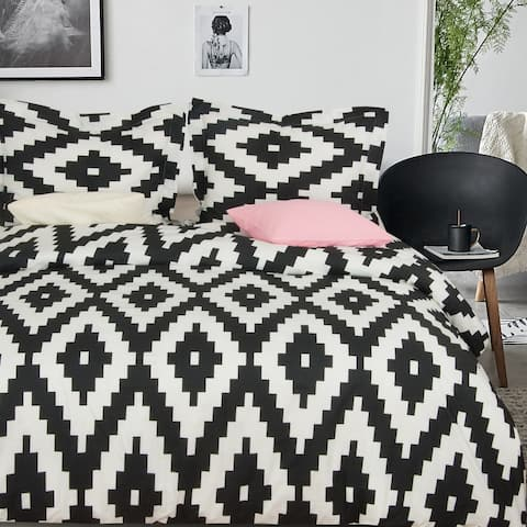 NTBAY 3 Pieces Microfiber Black and White Duvet Cover Set with Zipper Closure