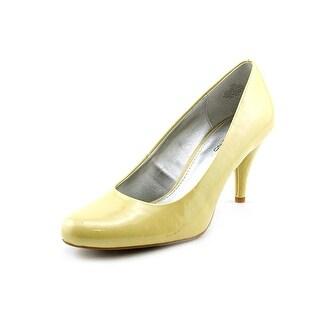Bandolino Courteous Women Round Toe Synthetic Yellow Heels