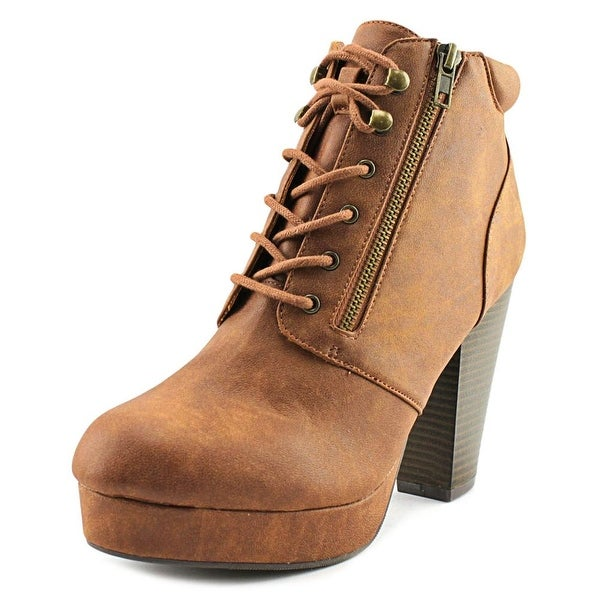 Material Girl Mrheta Round Toe Leather Ankle Boot