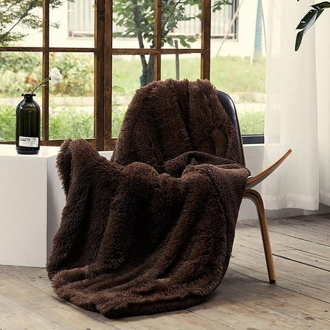 """Airi Home LUXURY Decorative Extra Soft Faux Fur Throw Blanket 50"""" x 65"""" Fuzzy Reversible Shaggy Chic"""